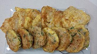 Jeon (food) - Dongtae-jeon (pan-fried pollock) and donggeurang-ttaeng (pan-fried meatballs)