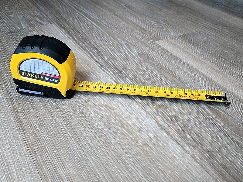 File:Dual Scale Stanley Tape Measure.jpg