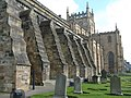 Dunfermline Abbey - south side and buttresses (geograph 3348794).jpg