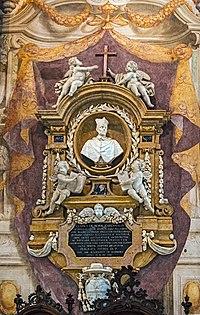 Duomo (Verona) - Interior - Nave right part - Monument to Enrico Noris.jpg