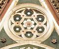 Duomo di firenze, medaglioni intarsiati in marmi nei timpani delle finestre sui fianchi 13,2.jpg