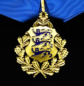 Orders, decorations, and medals of Estonia - Image: EST Order of the National Coat of Arms 2nd class badge
