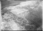 ETH-BIB-Grimsel, Rundhöckerlandschaft an der weiten Passmulde, Totensee auf der Passhöhe, Obergestelen aus 4000 m-Inlandflüge-LBS MH01-002428.tif