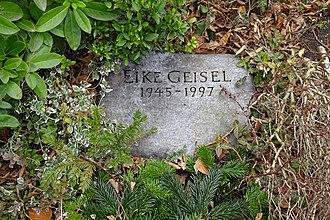 Eike Geisel - Eike Geisel's grave in III. Städtischer Friedhof Stubenrauchstraße in Berlin-Friedenau