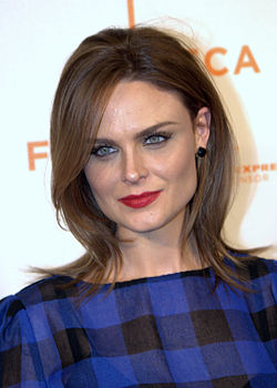 Emily Deschanel at the 2009 Tribeca Film Festival.jpg