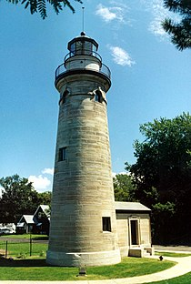 Erie Land Lighthouse.jpg