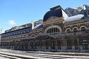 Canfranc International Railway Station - Image: Estació Internacional de Canfranc