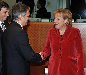 Werner Faymann - Faymann meets German Chancellor Angela Merkel, 11 December 2008