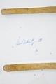 Fajans, skrivställ, underifrån, 1748 - Hallwylska museet - 90585.tif