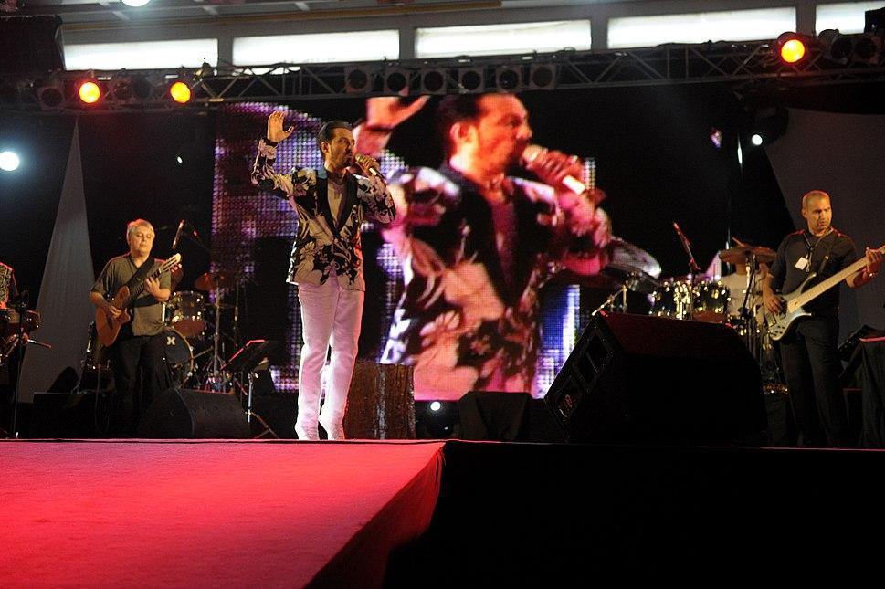 Farhad Darya%27s Peace Concert 2010