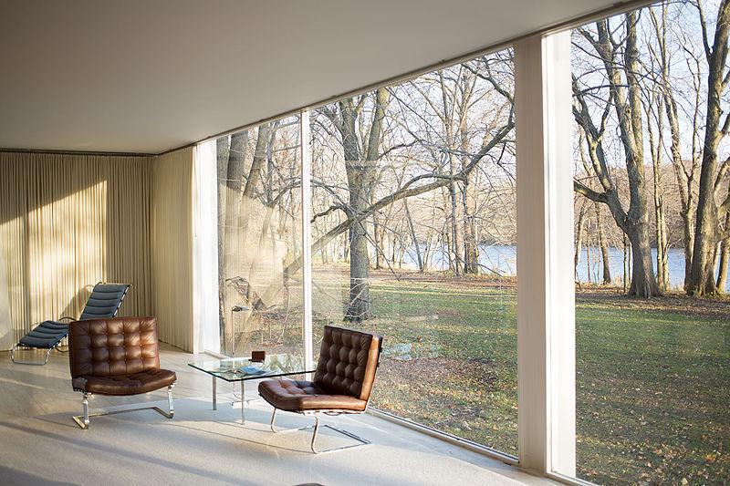 File:Farnsworth House by Mies Van Der Rohe - interior.jpg