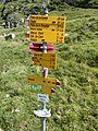 Fingerpost on Maroz Dora.jpg