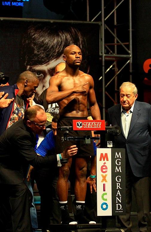 Floyd Mayweather jr weigh-in
