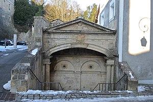 Fontenay-le-Comte - Image: Fontenay le Comte Fontaine 4 tias