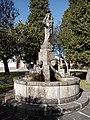 Fountain in Alívio 2.jpg