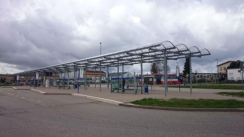 file frankfurt hahn airport bus station jpg wikimedia commons. Black Bedroom Furniture Sets. Home Design Ideas