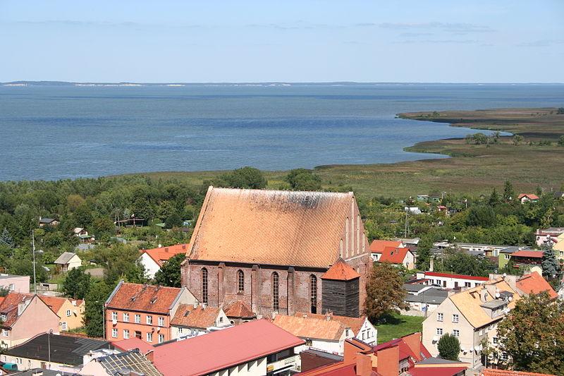 File:Frombork - zespół kościoła św. Mikołaja (widok z Wieży Radziejowskiego).jpg