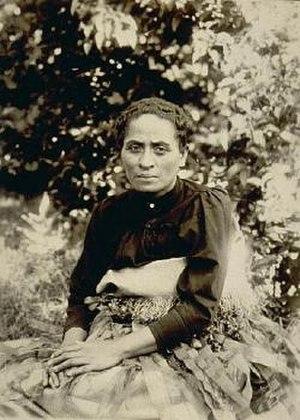 ʻElisiva Fusipala Taukiʻonetuku - Princess Fusipala in a photograph taken by Josiah Martin, c. 1885