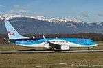 G-FDZA Boeing B737-8K5-W B738 - TOM (23978640163).jpg