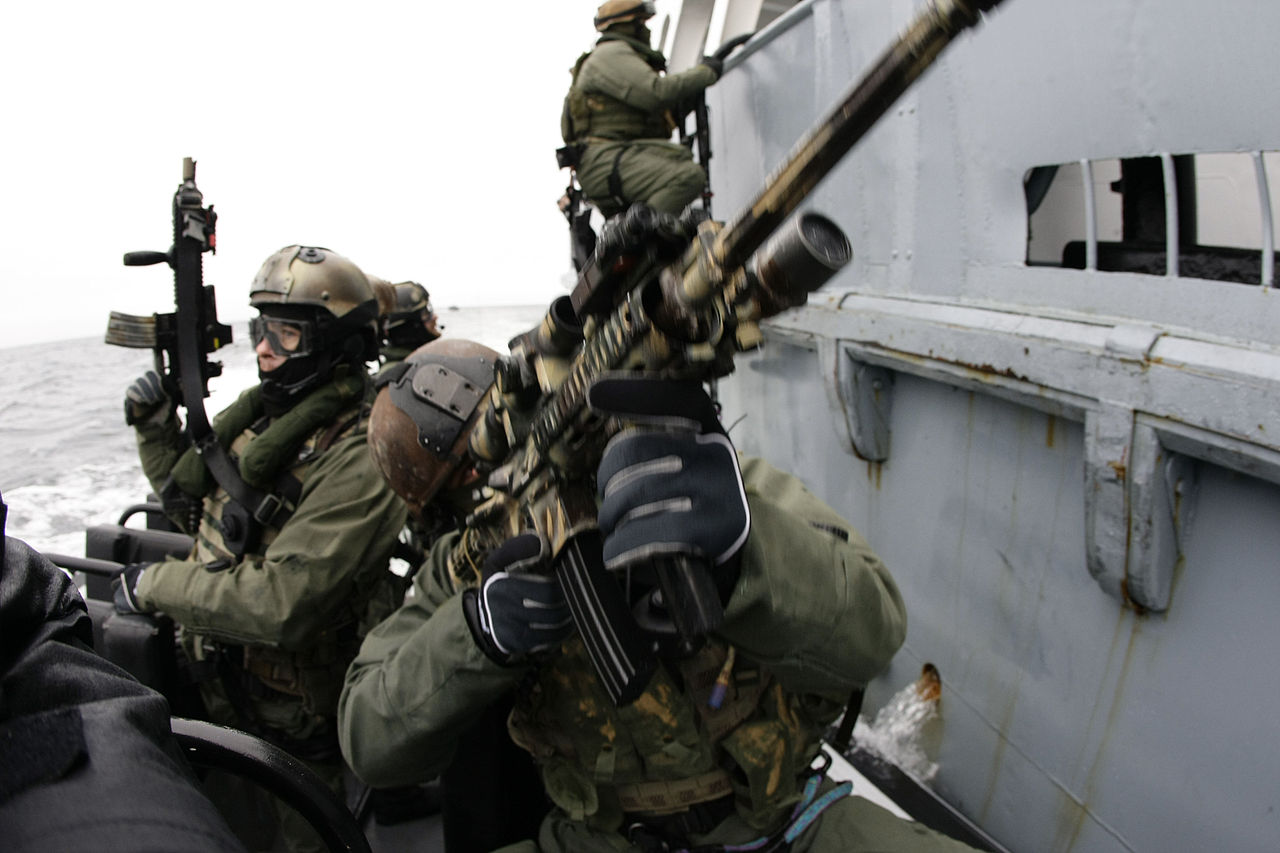 Official Navy SEAL + SWCC website of the U.S. government. How to become a SEAL or SWCC. Official application steps, general requirements, SEAL Officer Assessment and .