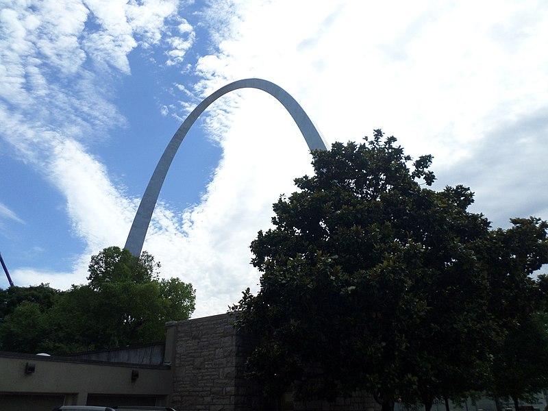 File:Gateway Arch-A.jpg