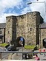 Gateway in Old city Wall Alnwick - geograph.org.uk - 1481149.jpg