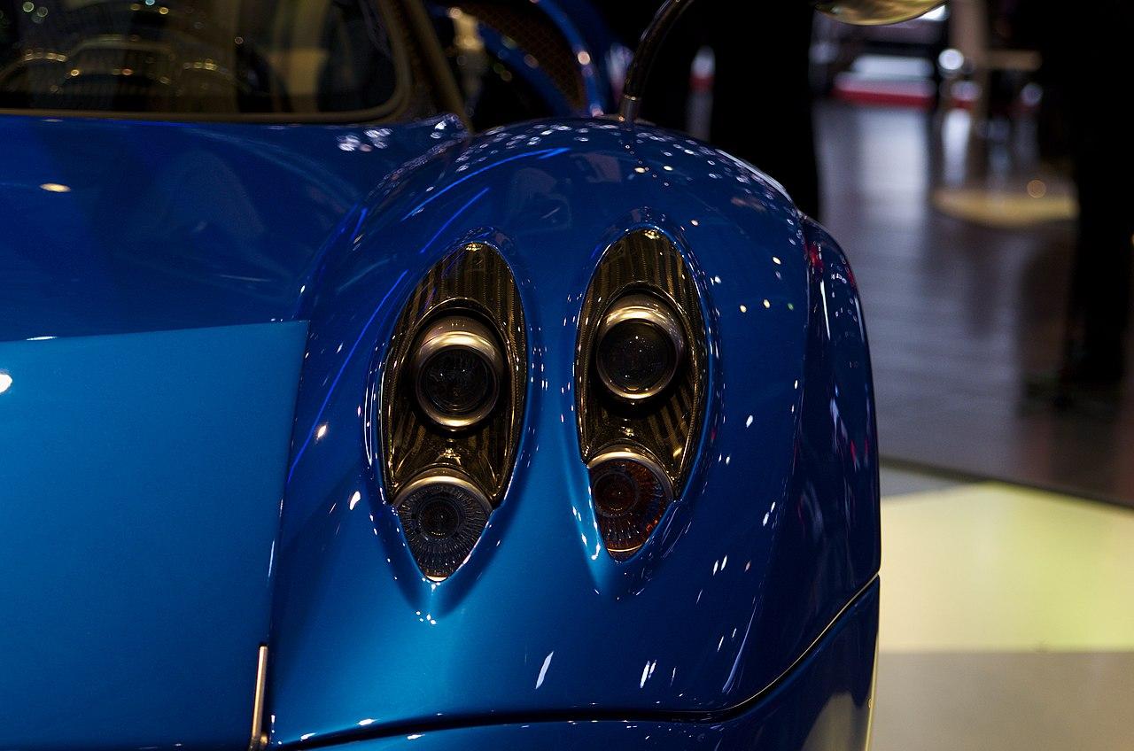 File Geneva Motorshow 2017 Pagani Huayra Blue Front Lights
