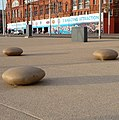 Giant pebbles - panoramio.jpg