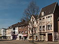 Giesenkirchen, straatzicht Konstantinplatz foto7 2014-03-29 13.12.jpg