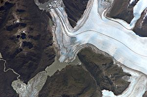 Bernardo Glacier - In the lower-left corner of the image is visible a lake that recently disappeared.