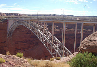 U.S. Route 89 in Arizona - U.S. 89 crossing Glen Canyon