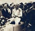 Grand Prix de l'A.C.F. 1927, Benoist le vainqueur regardant Louis Delâge.jpg