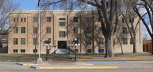 Grant County, Kansas courthouse from W 2.JPG