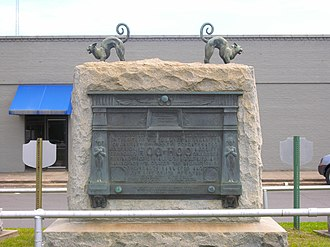 Gurdon, Arkansas - Hoo Hoo Cats on a monument dedicated to the Concatenated Order of Hoo-Hoo in Gurdon; listed on National Register of Historic Places, April 2009