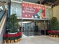 HK 中環 Central HK 中環 Central 萬宜大廈 Man Yee Plaza Building lift lobby entrance X'mas decoration December 2019 SS2 01萬宜大廈 Man Yee Plaza Building lift lobby entrance mall December 2019 SS2 01.jpg
