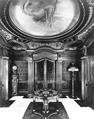 Château Dufresne - Image: Hall d'entrée, Résidence Marius Dufresne (00)