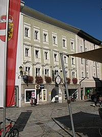 Hallein Bayrhamerplatz 10.jpg