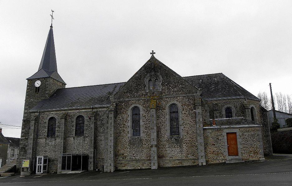 Église Saint-Pierre d'Hardanges (53). Vue méridionale.