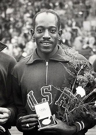 Harrison Dillard - Dillard at 1952 Summer Olympics