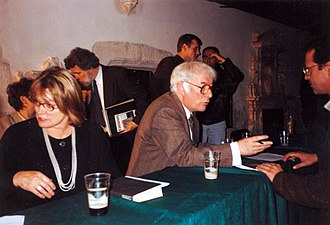 Seamus Heaney - Marie and Seamus Heaney at the Dominican Church, Kraków, Poland, 4 October 1996