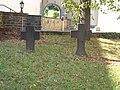 Heimersheim, St. Mauritius Grabkreuze (3).jpg