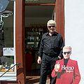 Heino Kramm vor Fanshop.jpg