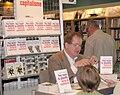 Hervé Kempf au Salon du livre de Québec.jpg