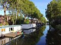 Houseboats along canal in Utrecht.jpg