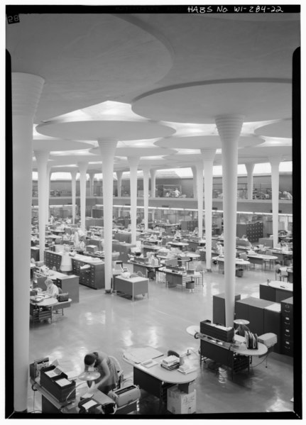 File:INTERIOR, SOUTHEAST VIEW, FROM SECOND FLOOR BALCONY - Johnson Wax Corporation Building, 1525 Howe Street, Racine, Racine County, WI HABS WIS,51-RACI,5-22.tif