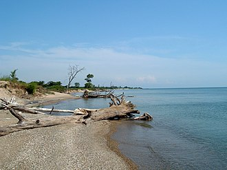Illinois Beach State Park - Shoreline along the Northern Unit of Illinois Beach State Park