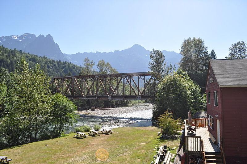 File:Index, WA - rail bridge 02.jpg