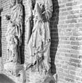 Interieur beelden, oorspronkelijk afkomstig van het raadhuis (details) - Kampen - 20121730 - RCE.jpg