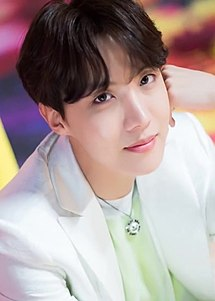 "J-Hope for Dispatch ""Boy With Luv"" MV behind the scene shooting, 15 March 2019 05 (cropped).jpg"
