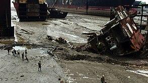 Jafrabad Chittagong shipbreaking (4)